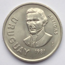 Moneda > 10nuevospesos, 1981 - Uruguay  - obverse