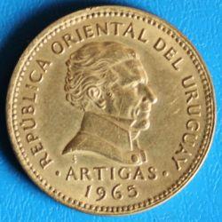 Moeda > 5pesos, 1965 - Uruguai  - reverse