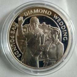 Moneta > 5sterline, 2007 - Guernsey  (60° anniversario - Matrimonio della regina Elisabetta II e del principe Filippo) - reverse