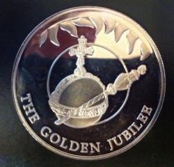 Монета > 50пенсів, 2002 - Фолклендські острови  (50th Anniversary - Accession of Queen Elizabeth II, Orb and Scepter) - reverse