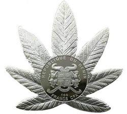 Coin > 100francs, 2011 - Benin  (Cannabis sativa /Silver/) - reverse