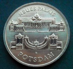 Moneda > 5marcos, 1986 - Alemania - RDA  (Nuevo Palacio de Potsdam) - reverse