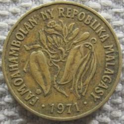 錢幣 > 10法郎, 1971 - 馬達加斯加  - obverse