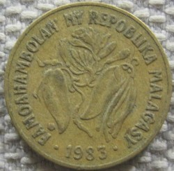 Mynt > 10francs, 1983 - Madagascar  - reverse
