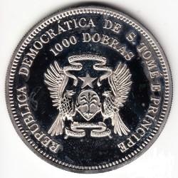 Moneta > 1000dobras, 1994 - São Tomé e Príncipe  (XV Coppa del Mondo FIFA, USA 1994/un calciatore/) - obverse