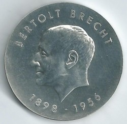 Монета > 10 марки, 1973 - Германия - ГДР  (75th Anniversary - Birth of Bertolt Brecht) - obverse