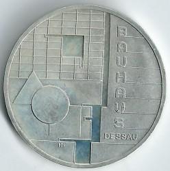 Moeda > 10euro, 2004 - Alemanha  (Bauhaus em Dessau) - reverse