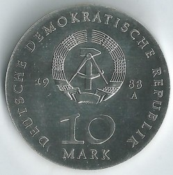 Moneda > 10marcos, 1988 - Alemania - RDA  (500º Aniversario - Nacimiento de Ulrich von Hutten) - reverse