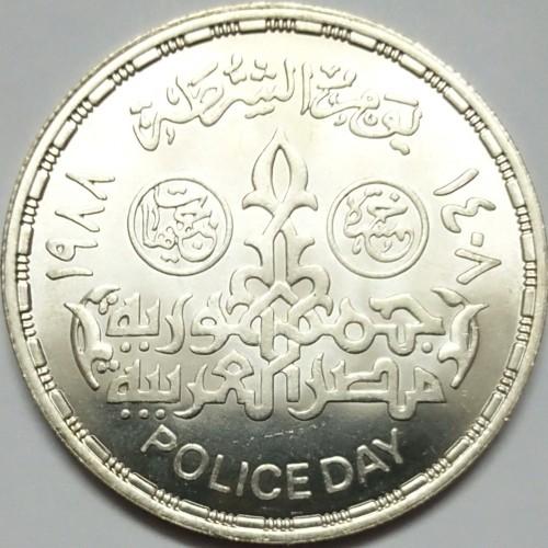 8382e8d12 العملة > 5 جنية, 1988 - مصر (Police Day - 25 January) ...