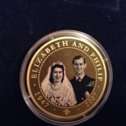 Moneta > 1dollaro, 2007 - Cook (Isole)  (60° anniversario - Matrimonio di Elisabetta II e Filippo/regina col velo da sposa) - reverse