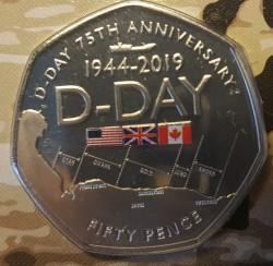 Moneta > 50pence, 2019 - Gibilterra  (75° anniversario - Sbarco in Normandia) - obverse