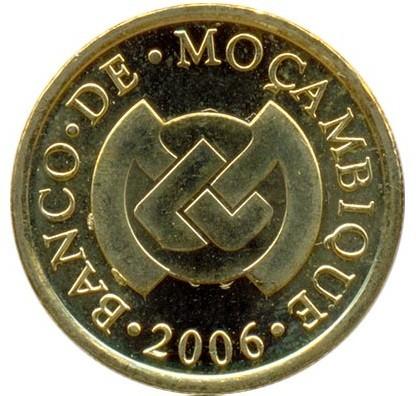 African Flowers  BU km135 Mozambique 20 Centavos 2006