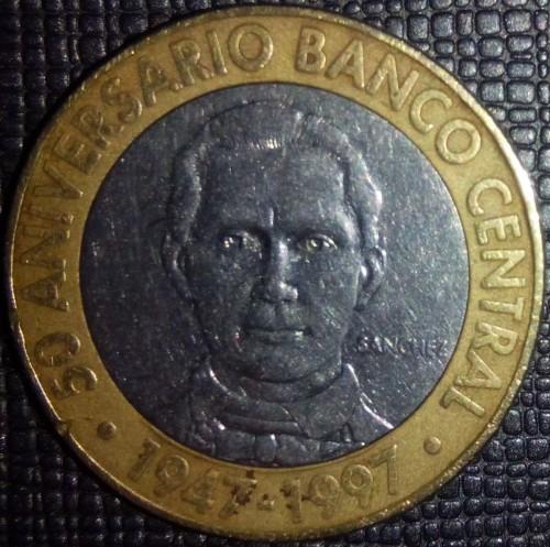 Central Banc Dominican Republic 1997-5 Pesos Bi-Metallic Coin 50th Ann
